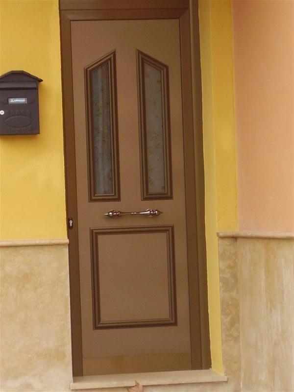 Cerrajer a gil carpinter a de hierro y aluminio vall d for Puertas para vivienda