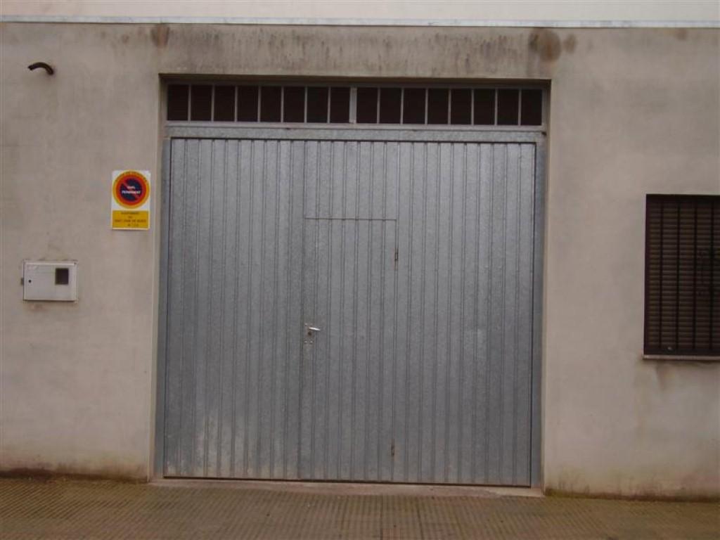 Puertas de cochera abatibles materiales de construcci n para la reparaci n - Puertas de cochera ...