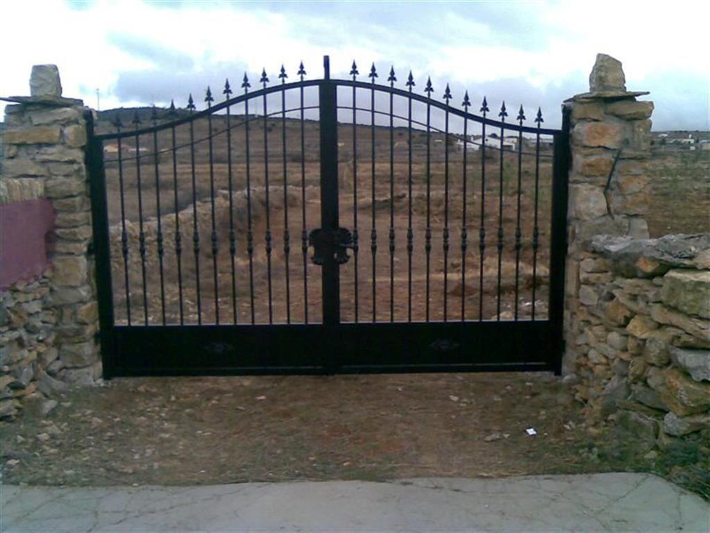 Puertas de entrada de hierro forjado puerta de hierro for Puertas de entrada de hierro