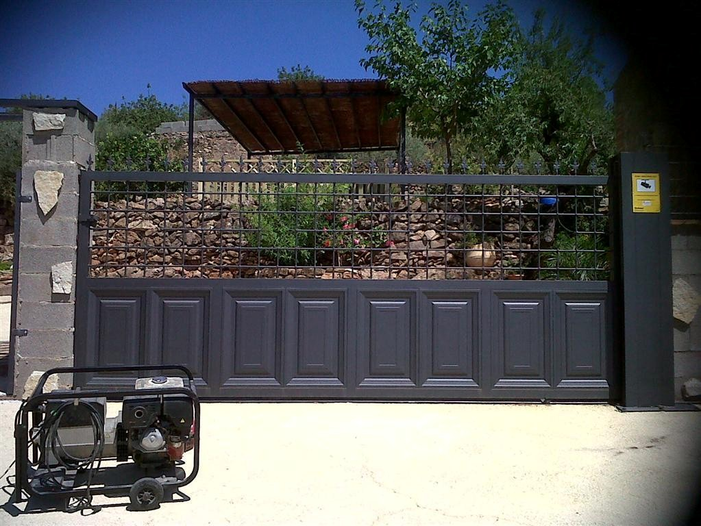 Cerrajer a gil carpinter a de hierro y aluminio vall d - Portal de corredera ...